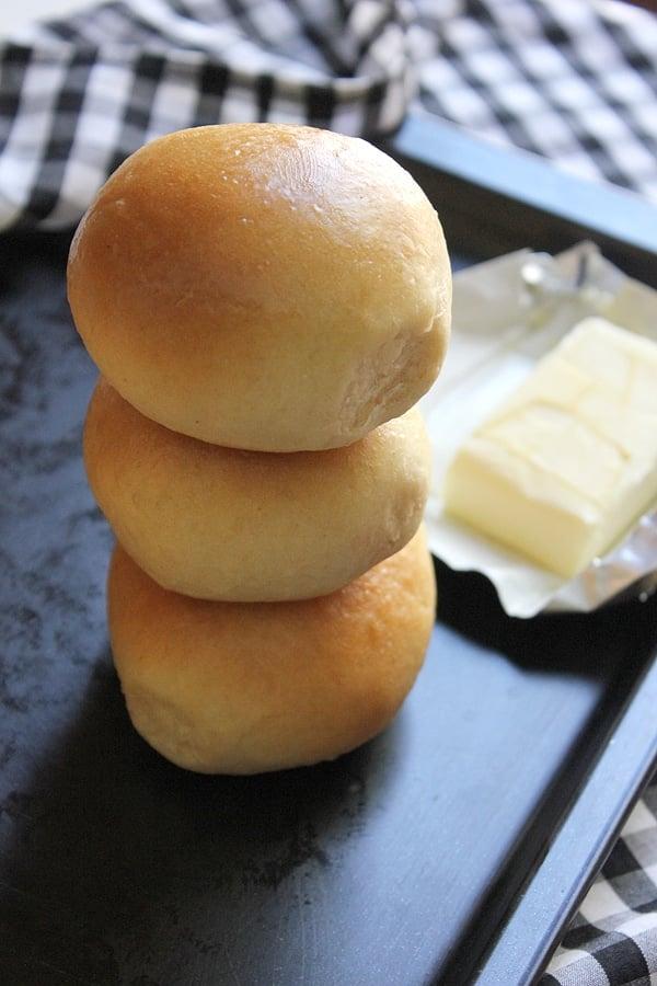 soft dinner rolls 4