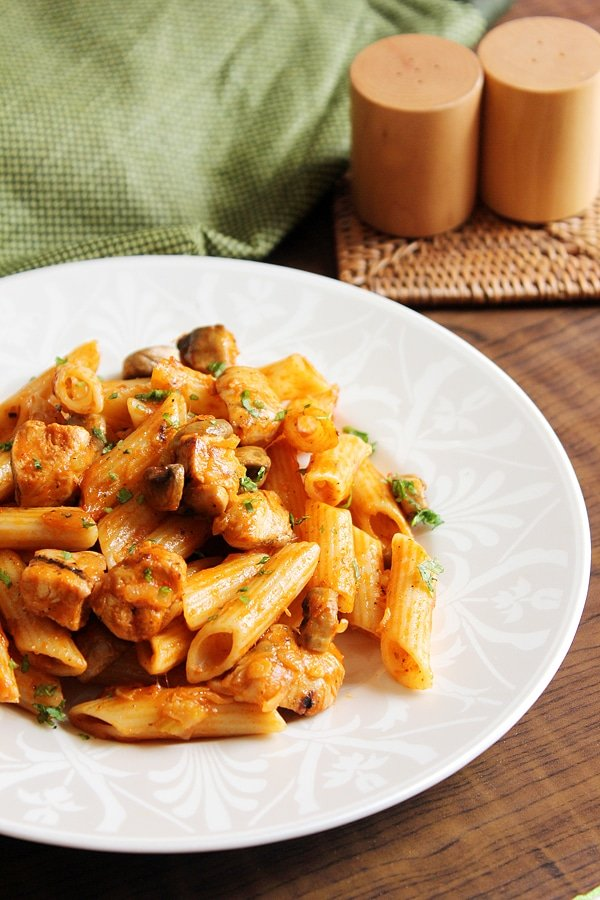 spicy chicken pizza pasta 10