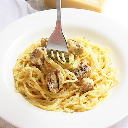 small image of light chicken alfredo