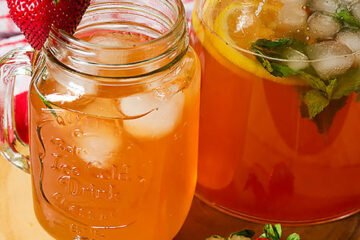 Small image of strawberry lemonade