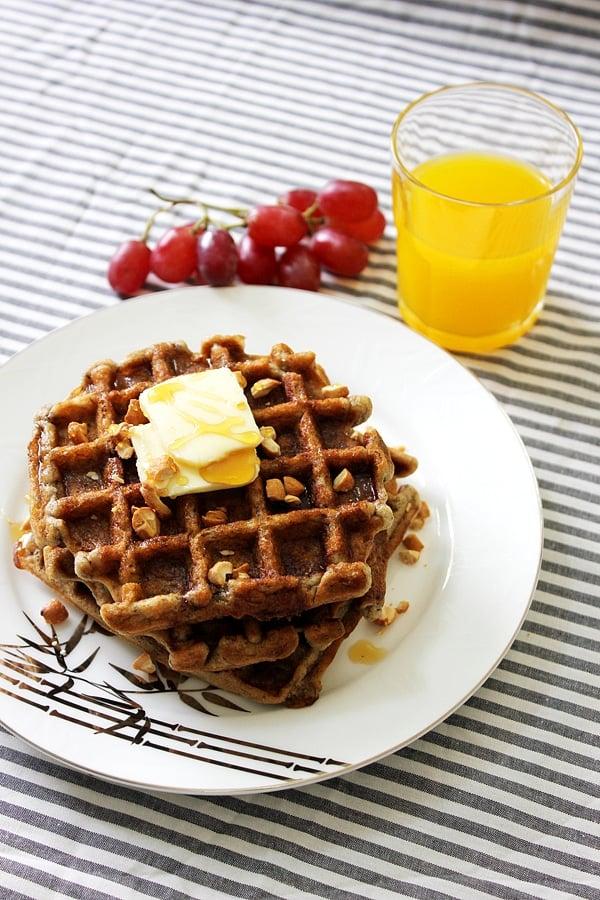 eggless banana cinnamon waffles 2
