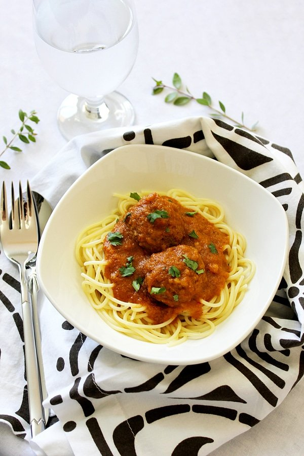 meatball sauce with spaghetti 10