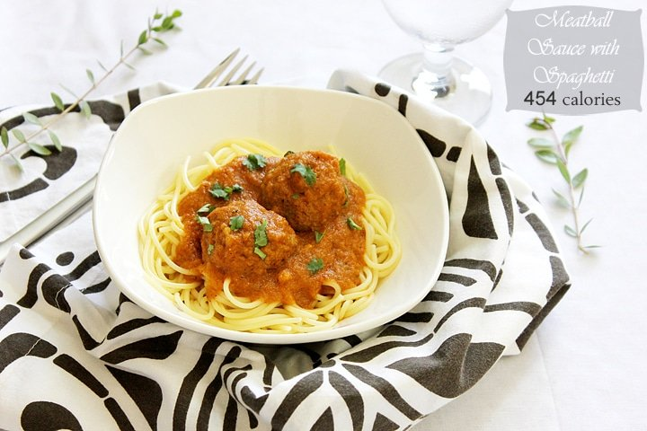 meatball sauce with spaghetti