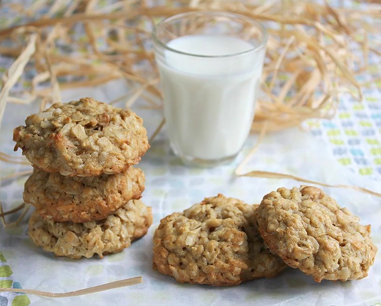 chewy pecan coconut oatmeal cookie 4