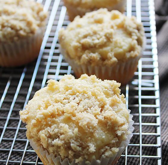Yogurt Coffee Cake Muffin