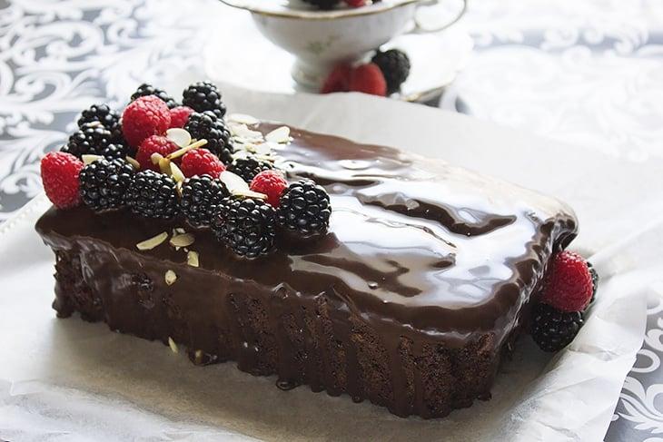 chocolate fudge loaf cake 3