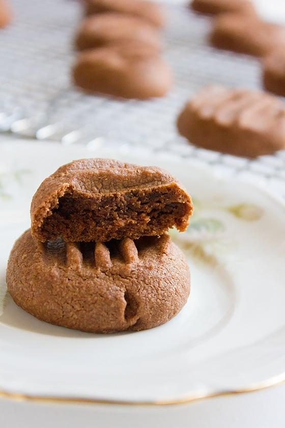 chocolate melting moments close image