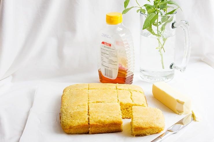 moist sweet cornbread 1