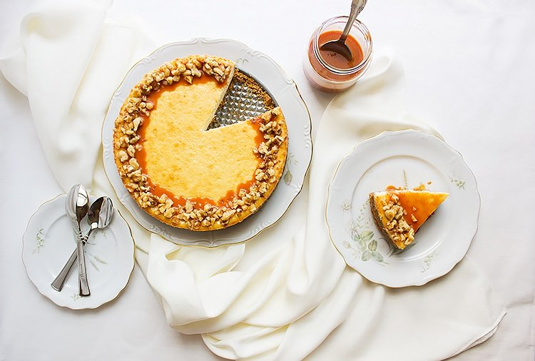 vanilla Cheesecake with Butterscotch Sauce 5