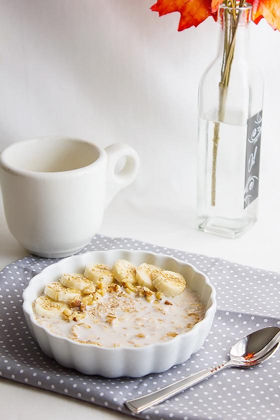 overnight banana oatmeal breakfast 1