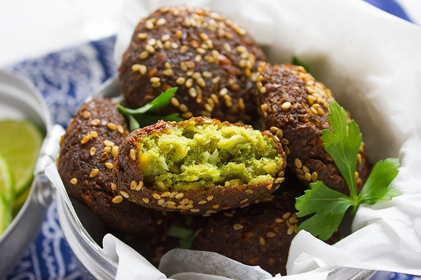 Falafel has a unique flavor, a crunchy texture from the outside and tender crumbs from the inside. Falafel is a vegan snack loved by many and now you can make yummy falafel form your kitchen. www.munatycooking.com | @munatycooking #falafel