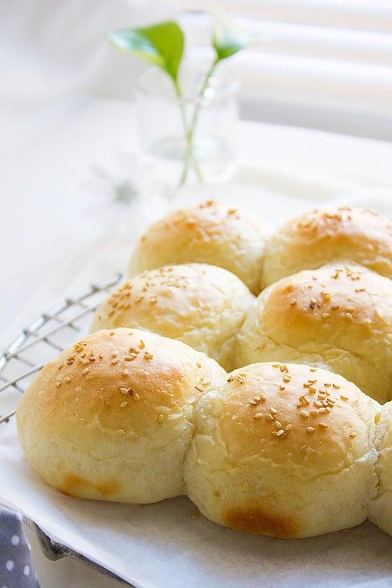 pillow soft dinner rolls 3