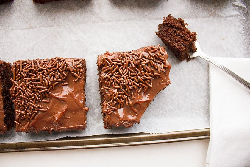 chocolate cake bars with Chocolate pudding 9