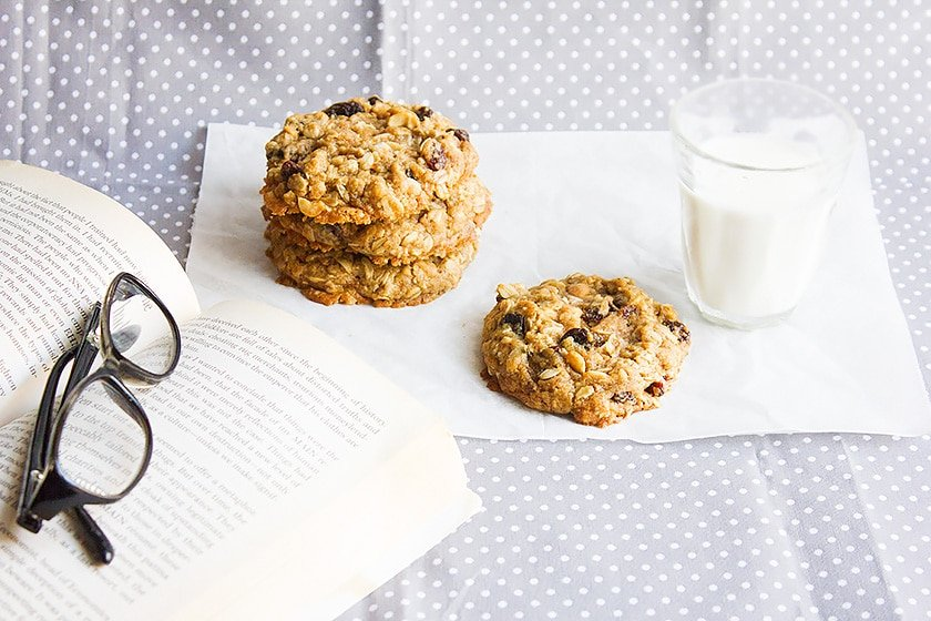 raisins oatmeal cookie 1