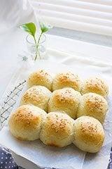 Pillow Soft Dinner Rolls