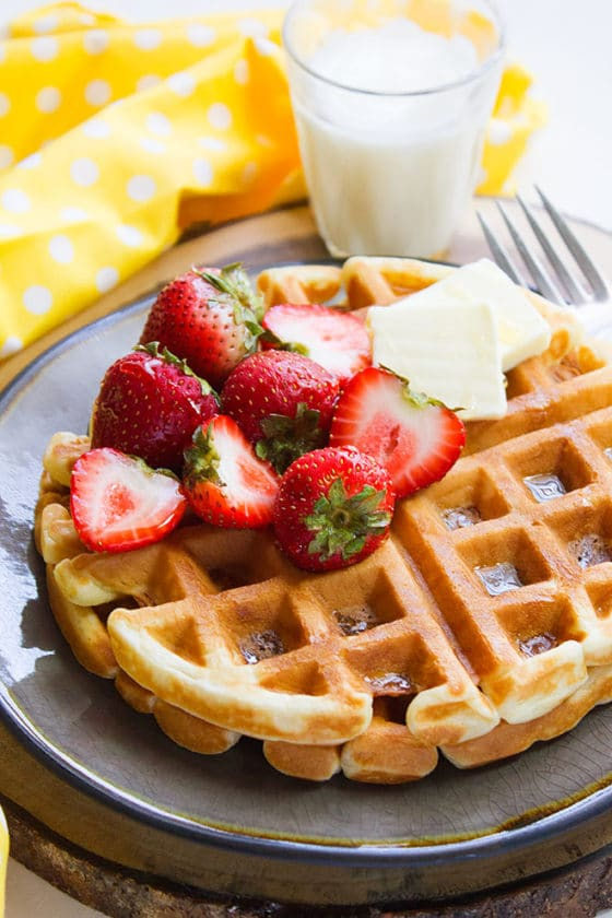 buttermilk fluffy waffles 3