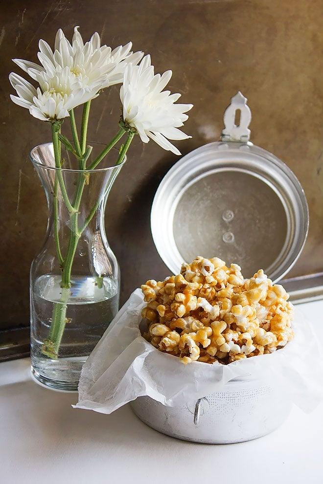 easy caramel popcorn 2