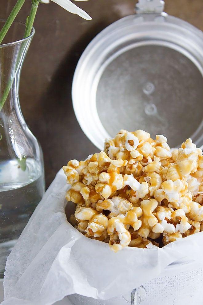 easy caramel popcorn 3