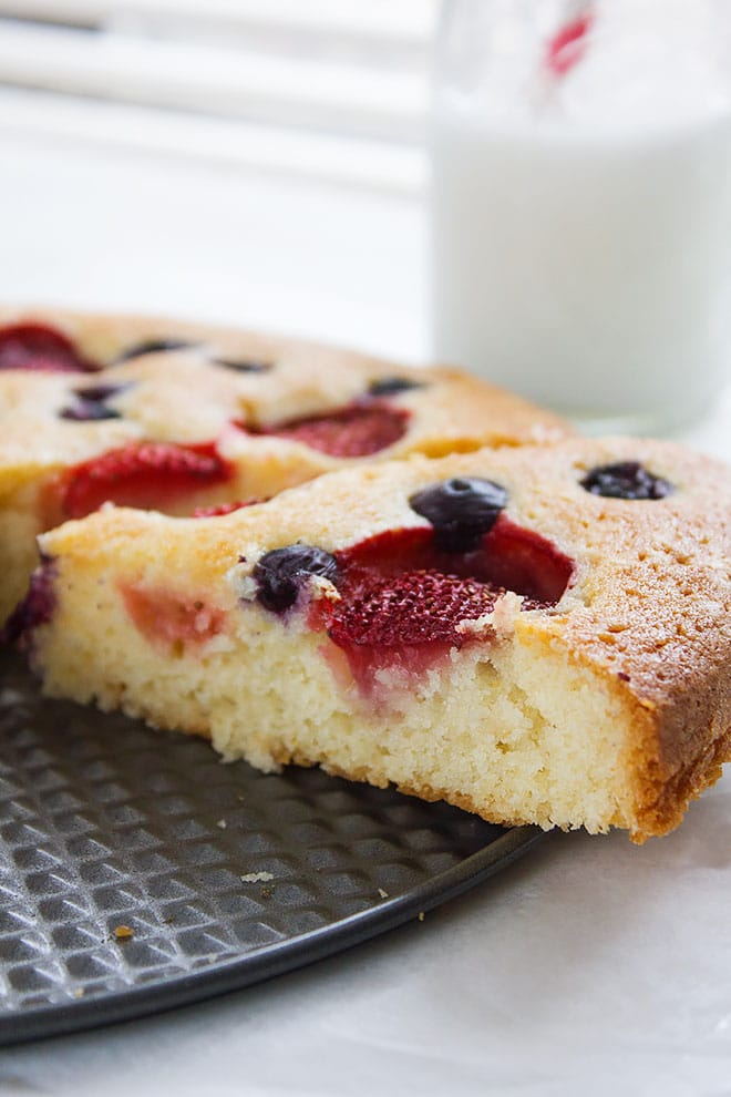 strawberry butter cake 4