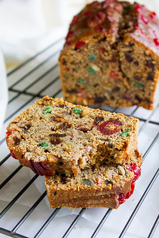 Fruitcake recipe. Learn how to make a delicious and moist fruitcake, Alcohol free, kids friendly, and so easy to make. This fruitcake tastes even better the next day. Homemade fruitcake made from scratch. www.munatycooking.com | @munatycooking