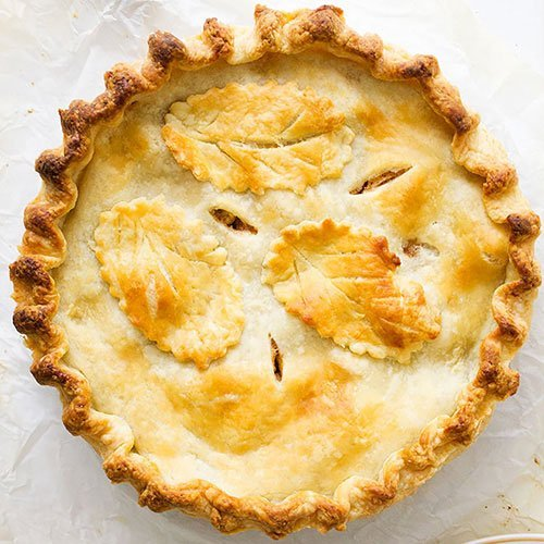 Feature image of apple pie recipe.