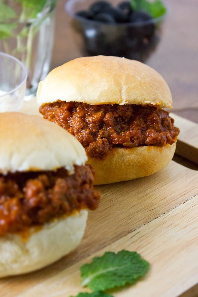 Mouth-watering Sloppy Joes recipe that will leave you asking for more.