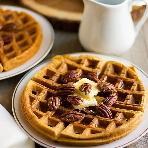 pumpkin waffles feature image.