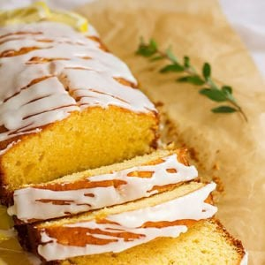 Lemon pound cake post feature image.