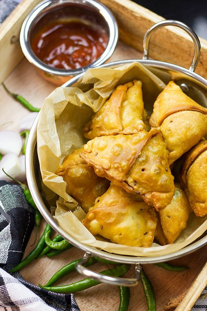Over head shot showing crunchy chicken samosa.