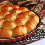 small image of sweet buns.
