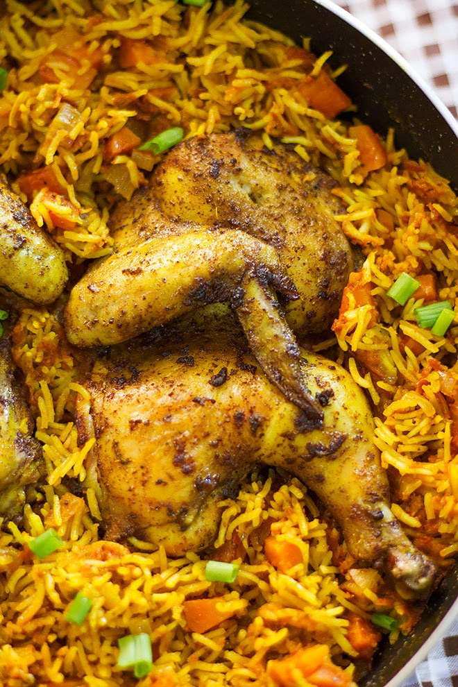 Close up image of jollof rice.