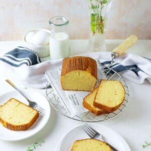 Small hot milk cake feature image